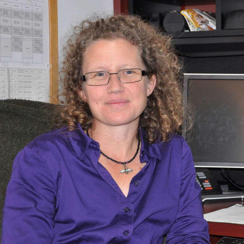 Dr. Laura Robertson