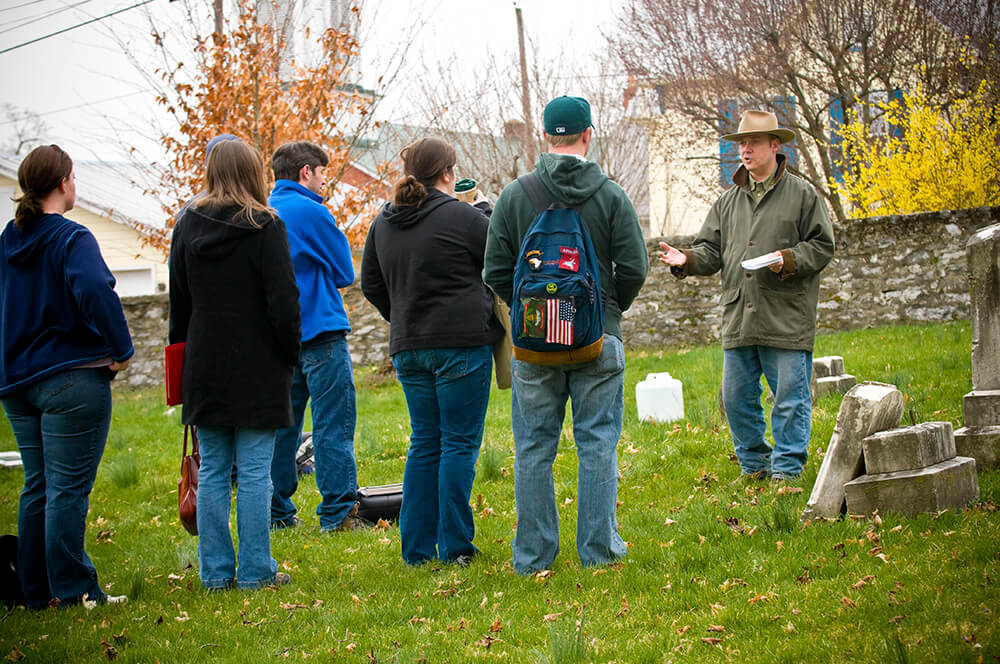 Shepherd University students will give visitors an opportunity to learn more about the Shepherd Family Cemetery on New Street during an open house on Saturday, April 25 from 3-5 p.m.