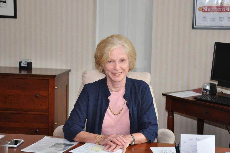 Dr. Sylvia Manning