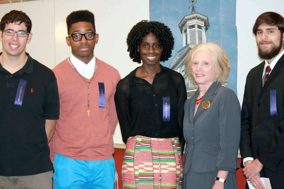 Student scholars Ferris Sinnas, a recipient of Shaw Leadership Scholarship, Roosevelt Boh, a recipient of Capt. C. Hendrix and Thomas and Sherry Lurry Scholarships, Millicent Aubee. a recipient of Burkhart Scholarship, and David Donohue, a recipient of Burkhart General and United Bank Scholarships, posed with Interim President Sylvia Manning at the 2015 President's Reception for Donors and Scholars.