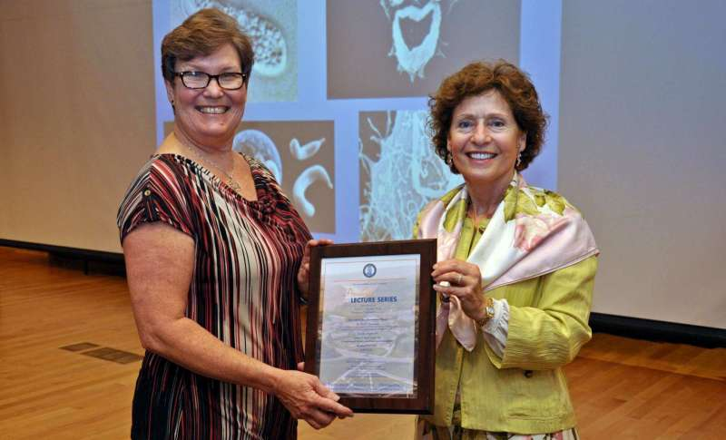 Dr. Amy J. Horneman and President Mary J.C. Hendrix