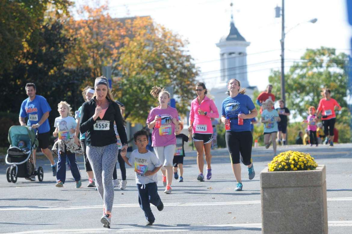Shepherd University will once again serve as home base when more than 2,500 runners from across the world descend on Jefferson County for the ninth annual Freedom's Run on October 1. More than 300 student volunteers will help with the event, which includes a marathon, half marathon, 10K, 5K, and kids fun run.