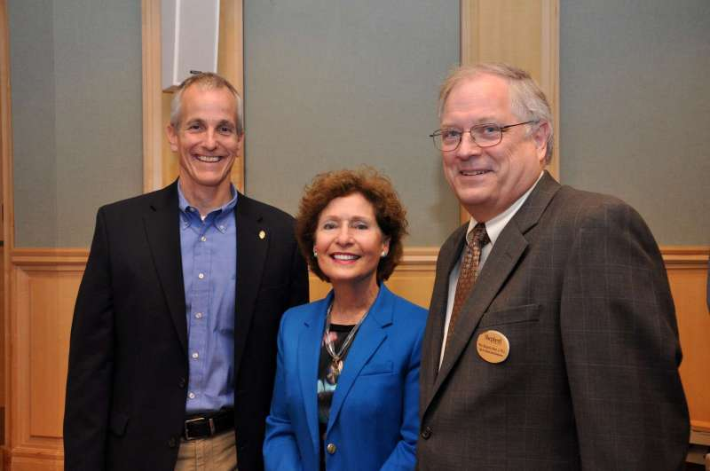 Dr. Jerry Callahan (l.) is pictured with President Mary J.C. Hendrix and Dr. Ben Martz, dean of business school development and chair of the Department of Business Administration.