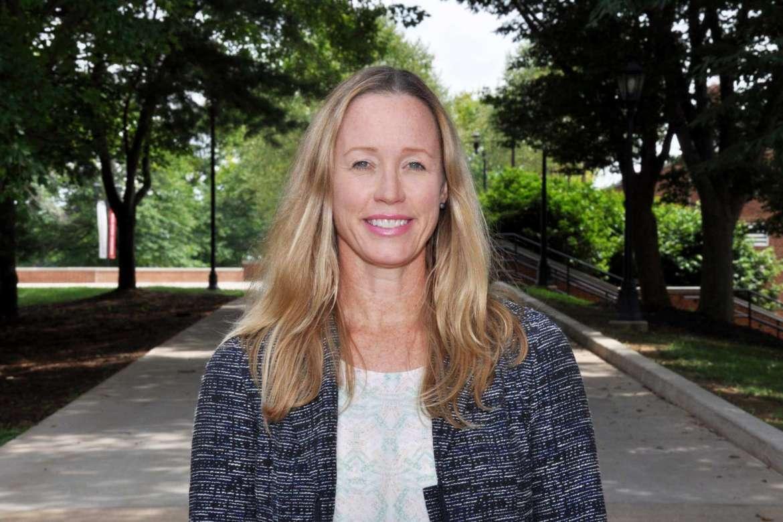Dr. Danielle Hollar