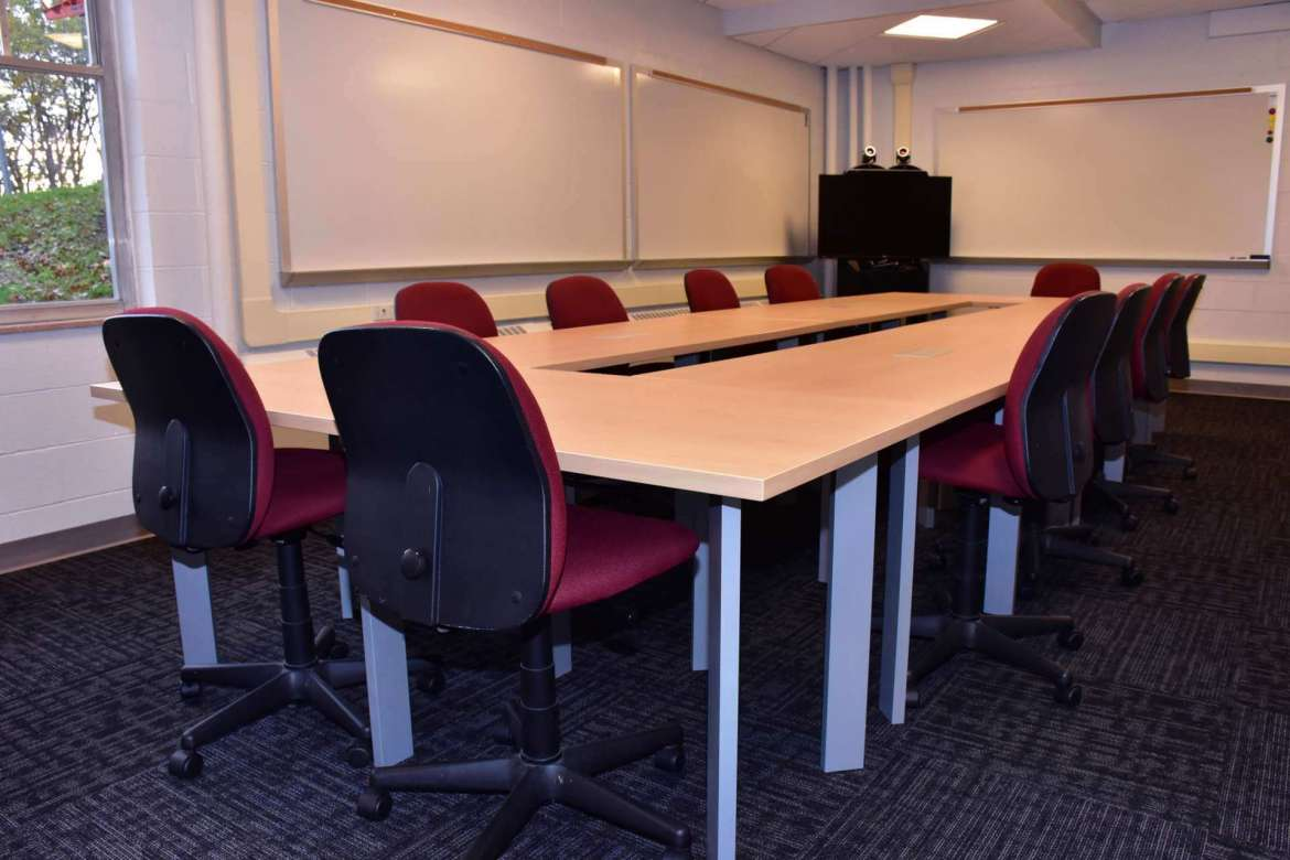 The video conference room in the Applied Business Lab at Shepherd University.