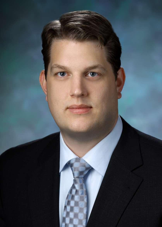 Dr. Arnold Bakker