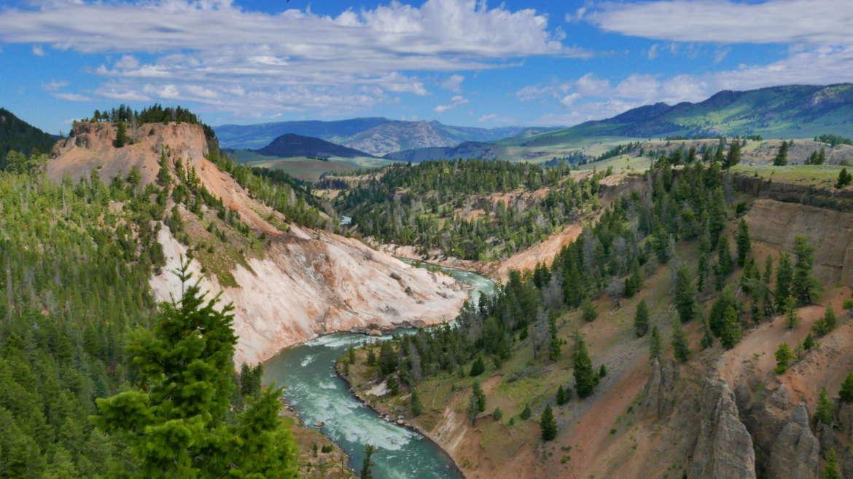 Yellowstone, photo by Jeff Groff