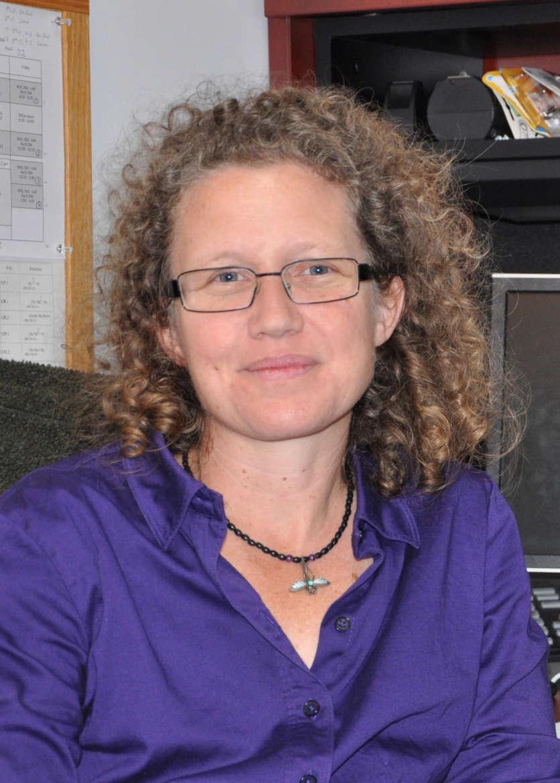 Dr. Laura Robertson, associate professor of biology