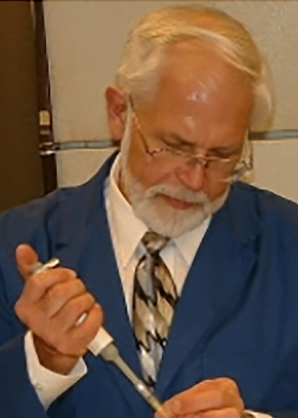 Dr. Burton Lidgerding