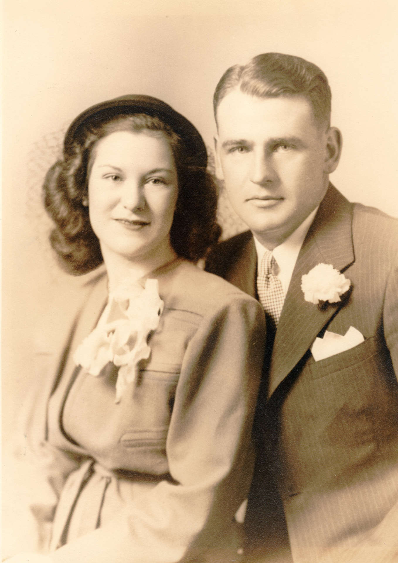 June Oland Best and Preston Best, Sr. on their wedding day in February 1946.