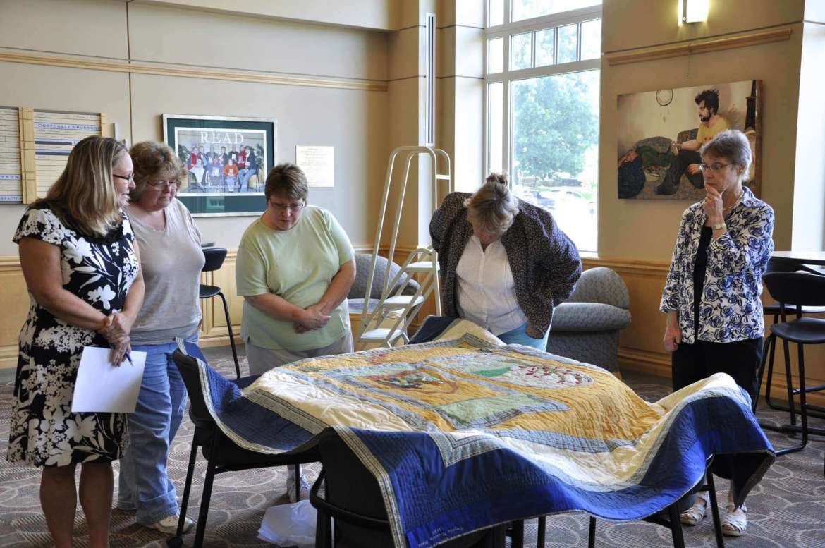 Appalachian quilt in the Scarborough Library.