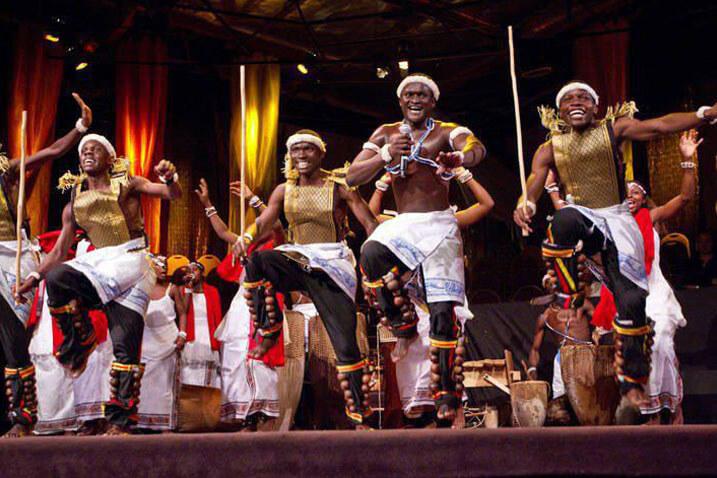Children of Uganda perform