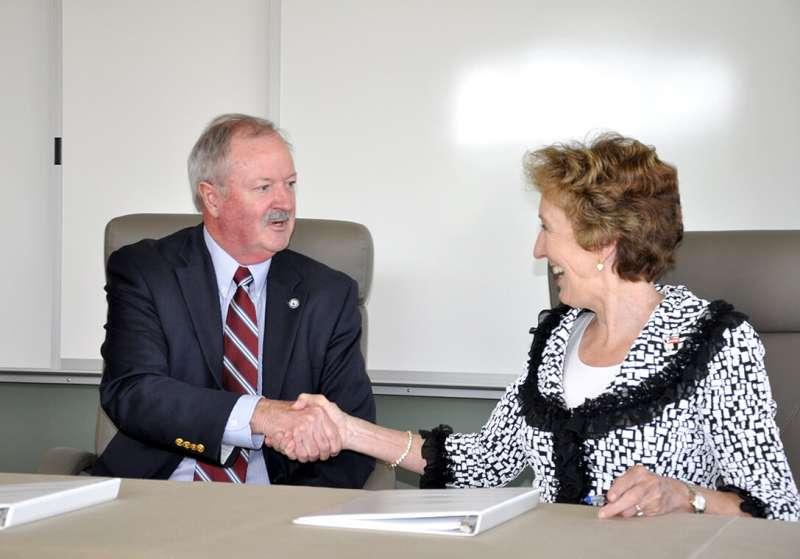 Blue Ridge CTC President Peter Checkovich (L) and Shepherd President Suzanne Shipley (R)